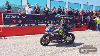 MotoGP: Valentino Rossi sale in cattedra a Misano: in pista con i suoi allievi