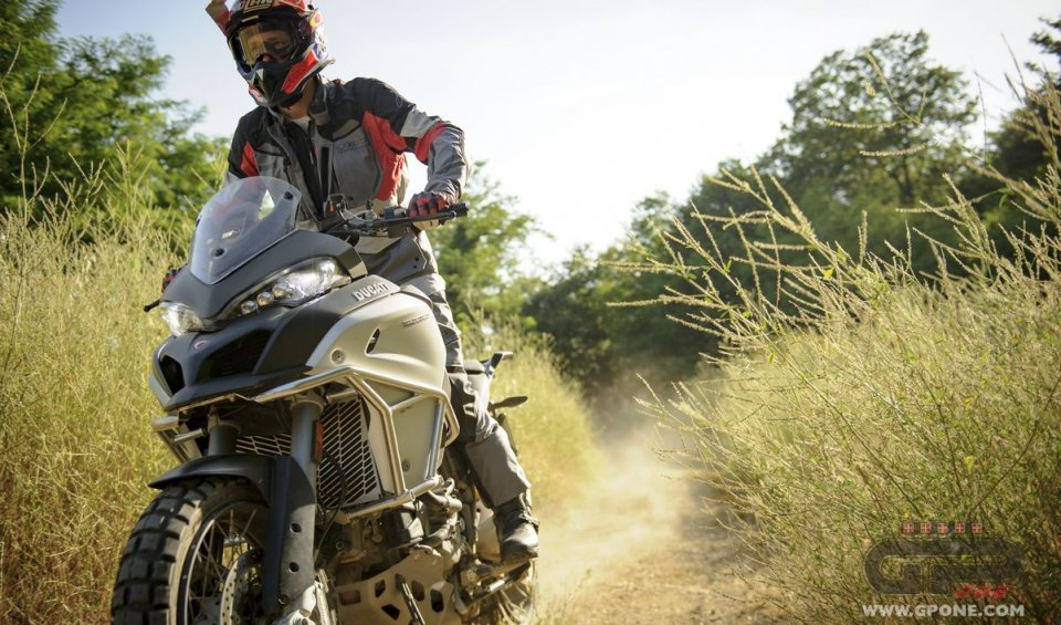 The Ducati rider followed the former 'dakarian''s course, riding the Multistrada 1200 Enduro at Castello di Nipozzano