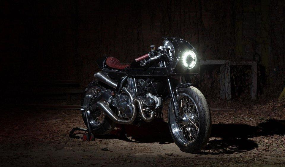 Le novità si chiamano Scrambler R/T e Essenza by Anvil Motociclette e South Garage