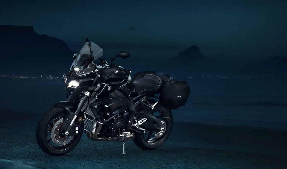 News Prodotto: Yamaha MT-10: arriva la Tourer Edition