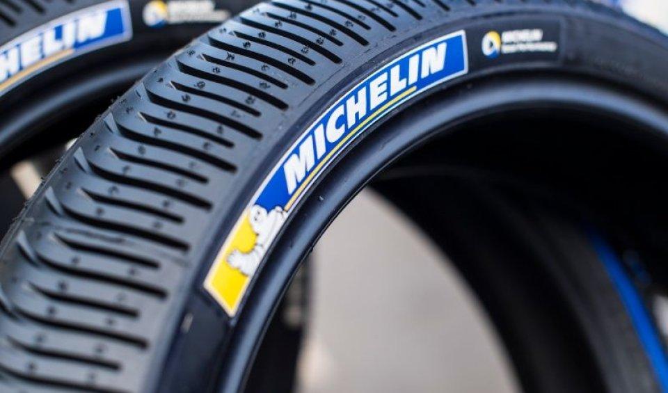 MotoGP: In caso di pioggia, oggi un turno di prove extra