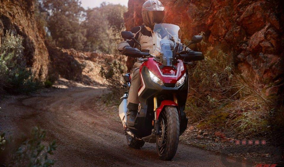 Test: Honda X-ADV 2018: l'avventura per tutti