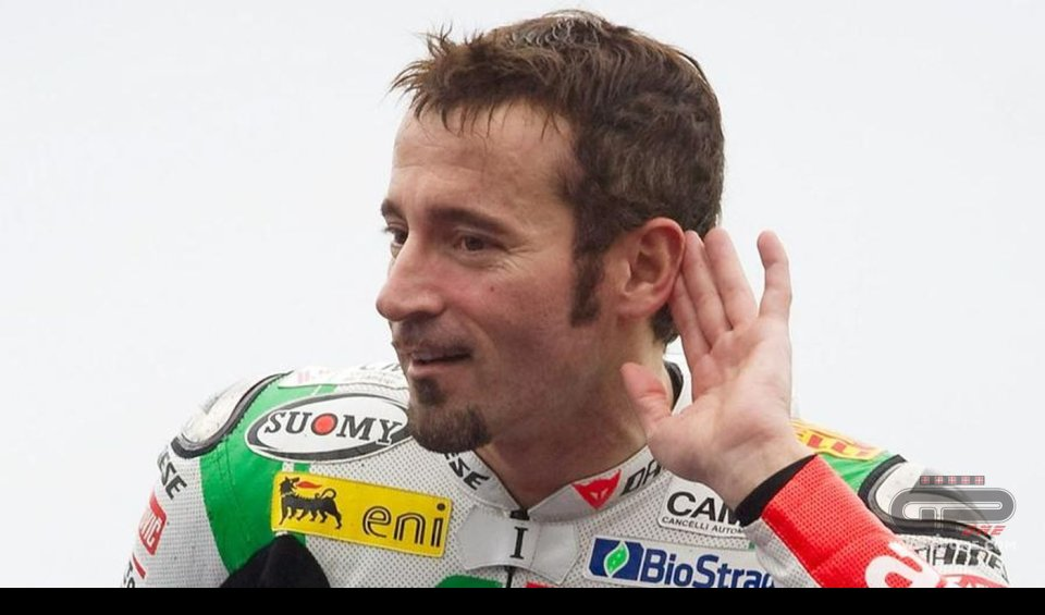 MotoGP: Max Biaggi: Rossi could even win the title at 41