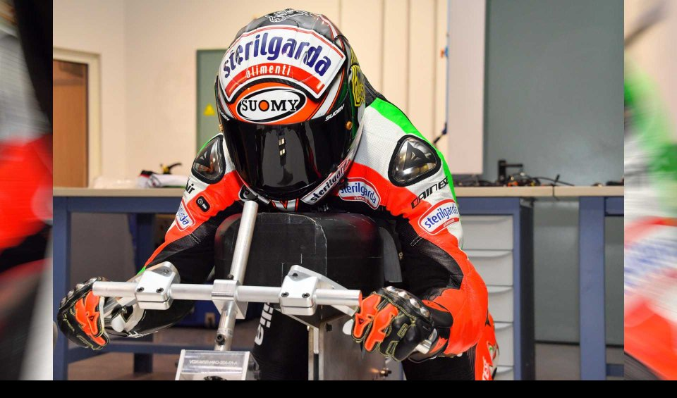 """News: Biaggi: Hunt for """"electric"""" speed record postponed: 330 km/h"""