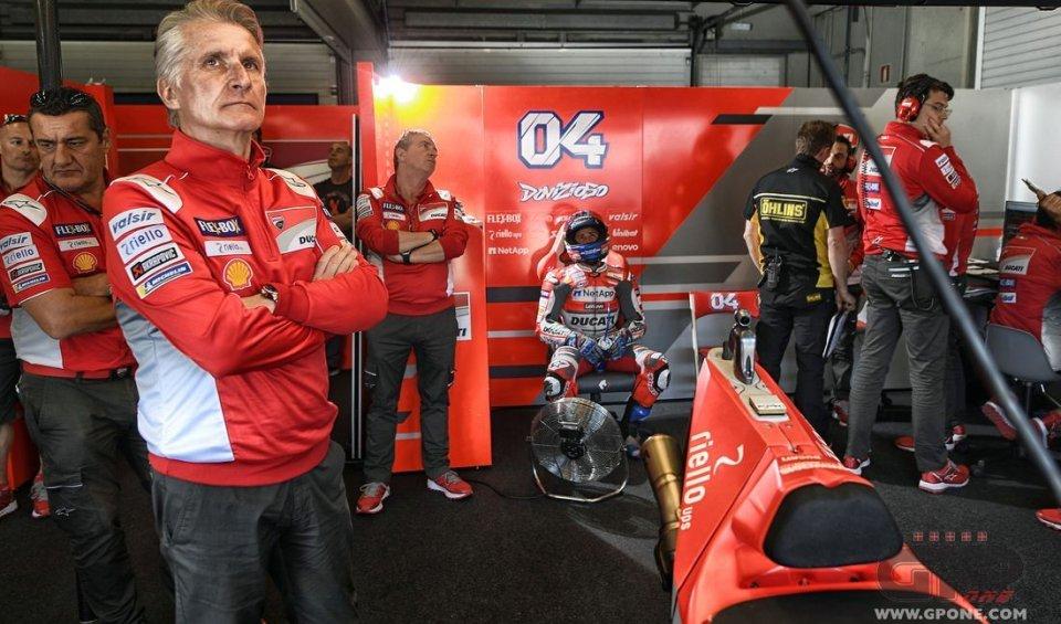 """MotoGP: Ducati chiude le porte a Lorenzo: """"è un pilota Yamaha, va bene così"""""""