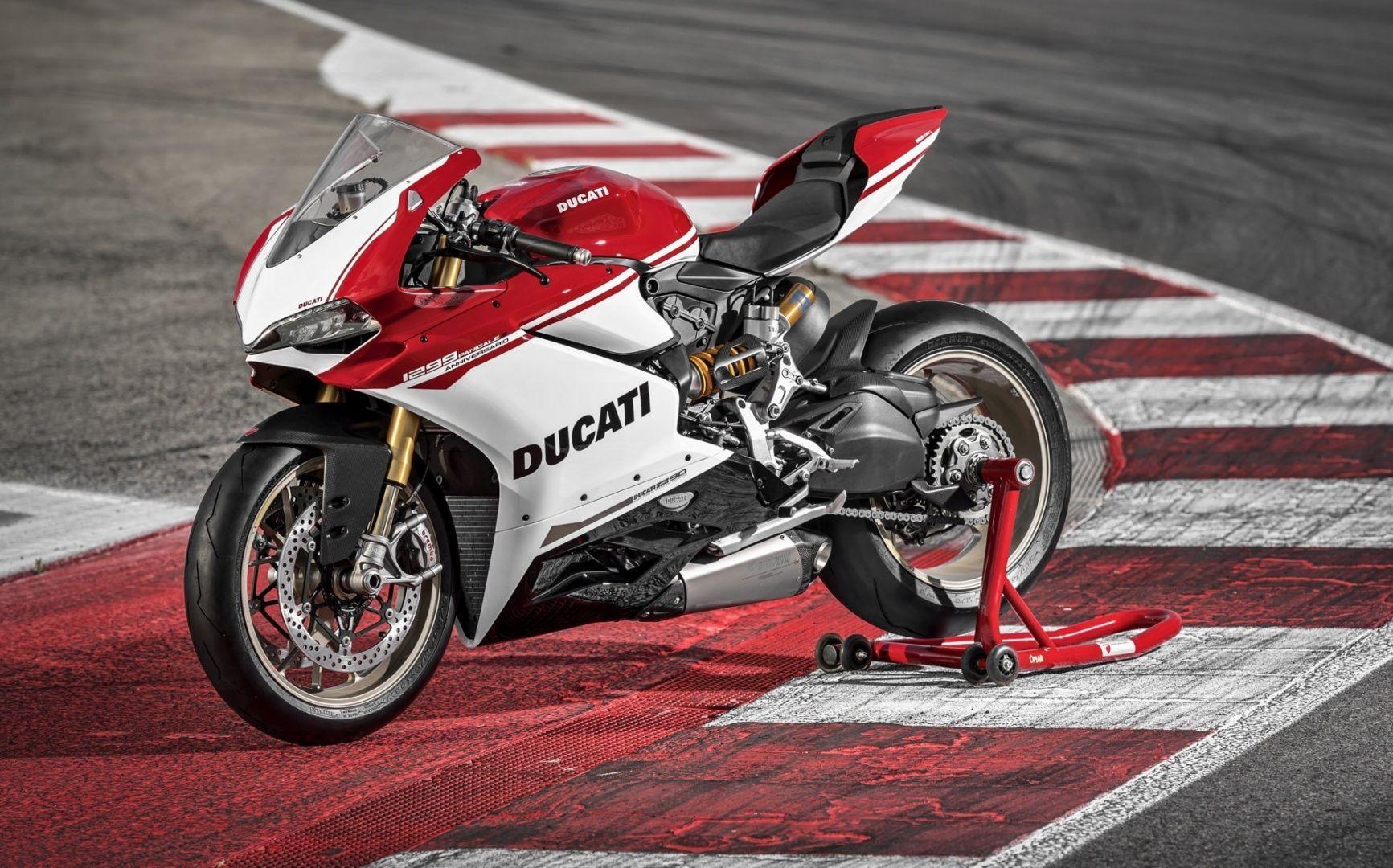 World Ducati Week: Stoner presenta la 1299 Panigale S Anniversario