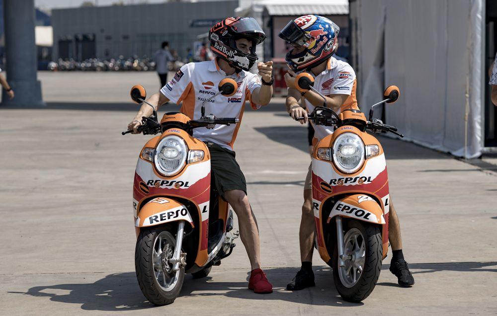 Presentate le RC213V del team Repsol Honda