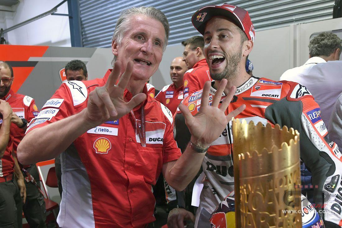 Motocross, Valentino Rossi lancia la sfida a Dovizioso e Petrucci