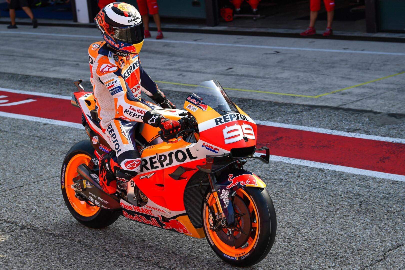 """MotoGP, Tests already over for Lorenzo: """"I'm in more pain than"""
