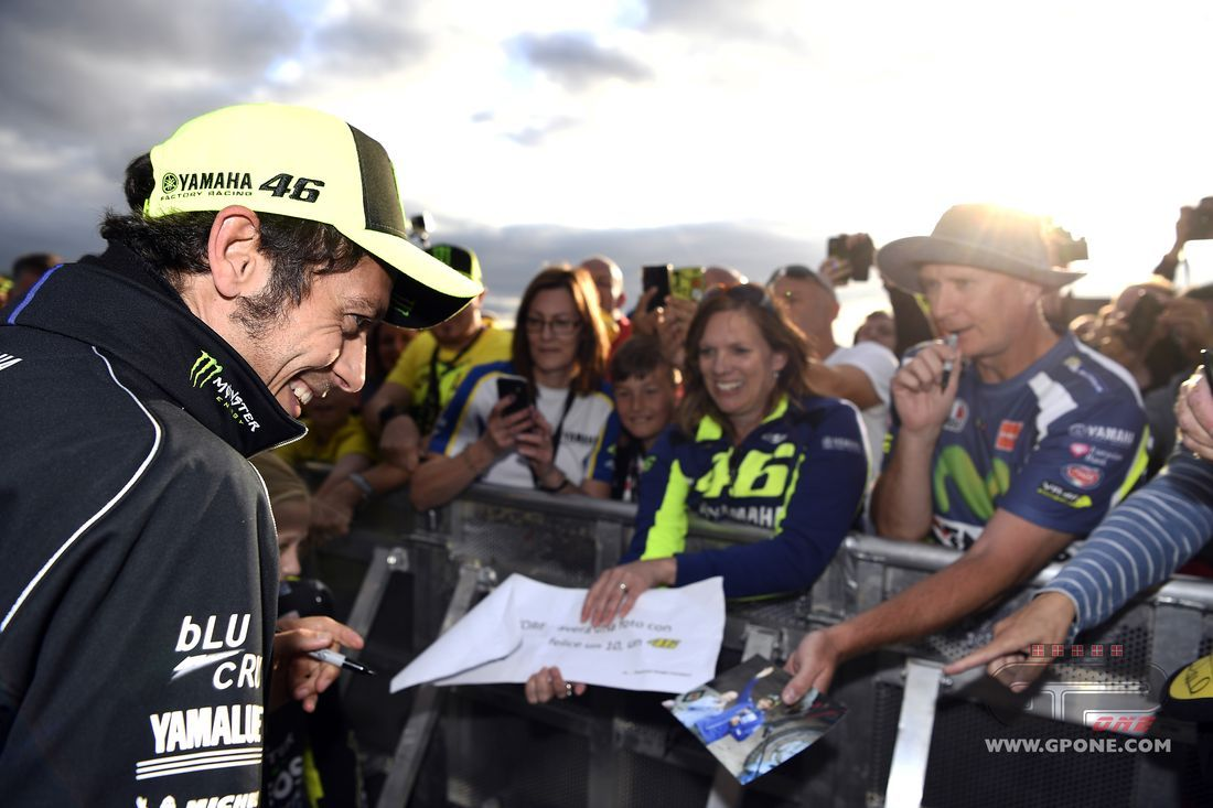 MotoGP, I have to hurry to marry Rossi: 27-year-old woman arrested