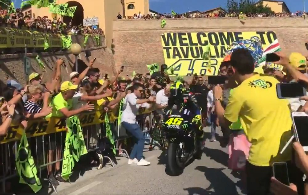MotoGP, A mob scene in Tavullia for Rossi on the Yamaha M1