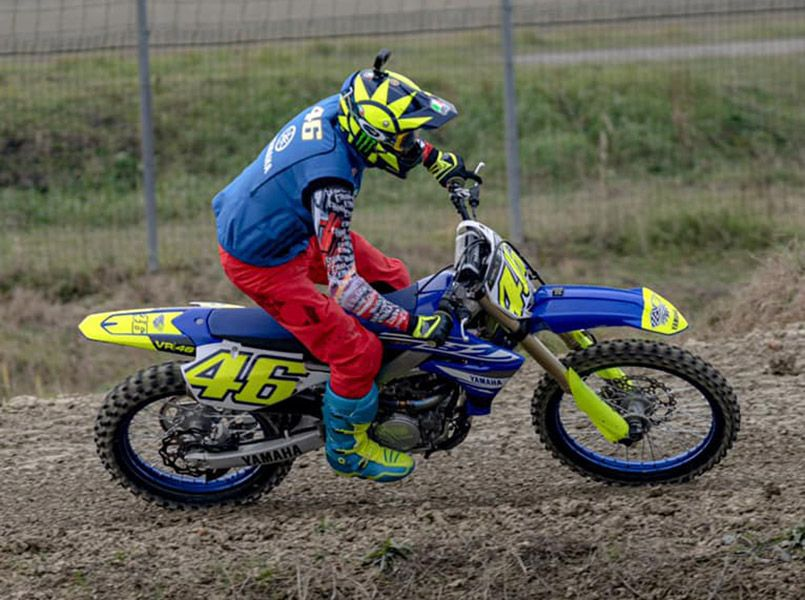 MotoGP, Rossi forgets the past and goes back to training on a