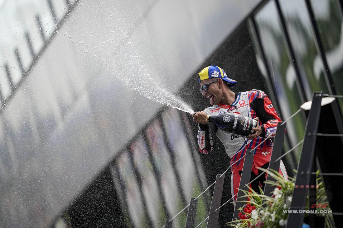 "MotoGP, Martin: ""Like playing Mario Kart when they're throwing bananas"" - GPOne.com"