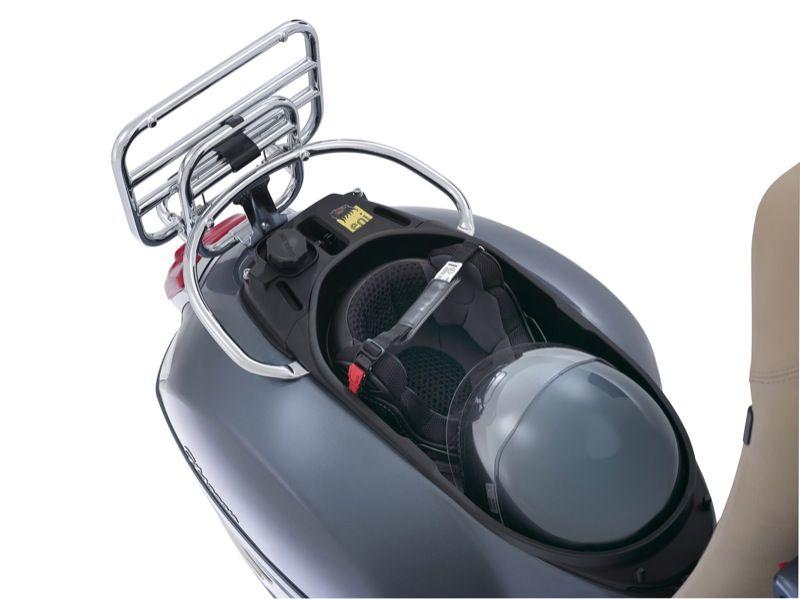 prima i clienti prestazioni superiori pacchetto alla moda e attraente Test, Vespa GTS 300, ritorno al futuro   GPone.com