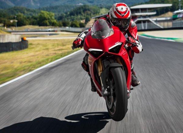 52 panigale v4 s valia 600x436 - Ducati Panigale V4..La prova il prossimo weekend!