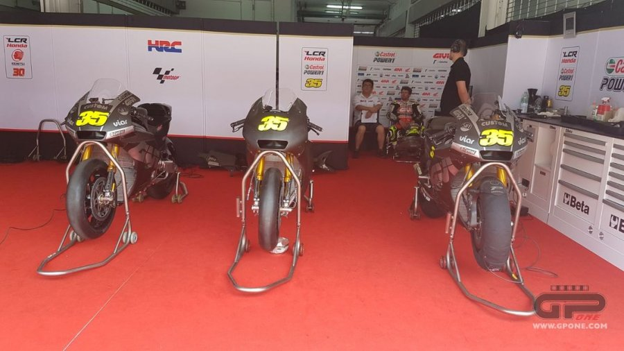 crutchlow moto 900x506 - Motogp Test UFFICIALI - Sepang - Malesia - 28/29/30 Gennaio 2018