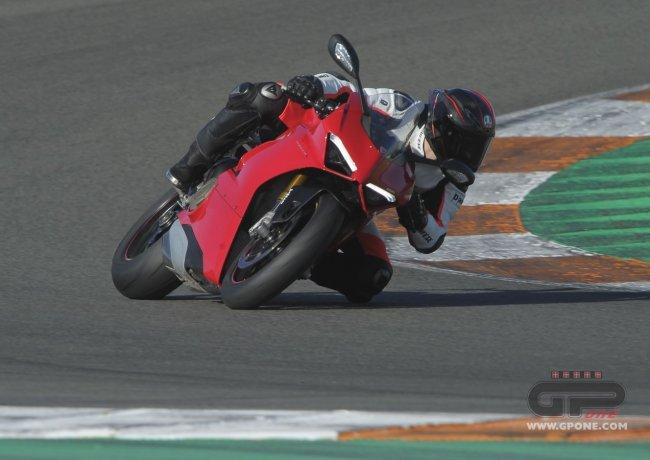 fossa2 01 650x460 - Ducati Panigale V4..La prova il prossimo weekend!