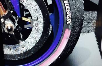La gomma anteriore di Rossi a fine gara