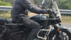 Moto - News: Royal Enfield Cruiser 650, spunta un video spia