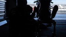 SBK: Kawasaki: oggi alle 19 Johnny Rea toglie il velo alla nuova ZX-10 RR