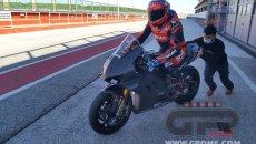 SBK: Da Losail a Misano: Michele Pirro sulla Ducati V4 di Chaz Davies