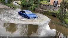 Auto - News: Crossing a water-filled canal by car: what do you risk?