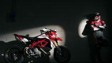 Moto - News: Ducati Hypermotard 950: motore Euro 5 e versione SP con nuova livrea