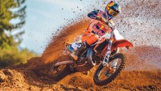 Moto - News: KTM SX 2022: la nuova gamma motocross Ready to Race