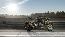 Moto - Test: Verso la prova: Triumph Speed Triple 1200 RS, hyper-naked da trono