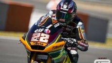 Moto2: Sole in pista ma pioggia di cadute a Le Mans. Lowes al comando, Bez 3°