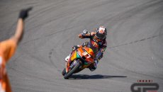 Moto3: Tris di vittorie di Pedro Acosta: trionfa a Jerez davanti a Romano Fenati