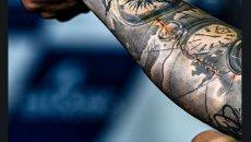 """MotoGP: Quartararo scherza sulla cicatrice al braccio: """"un nuovo tatuaggio"""""""