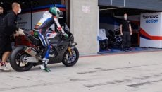 SBK: Laverty-RC Squadra Corse: un debutto total black con la BMW ad Aragon
