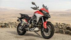 """Moto - News: Ducati Multistrada V4 S vince il premio """"Miglior moto del 2021"""" negli USA"""