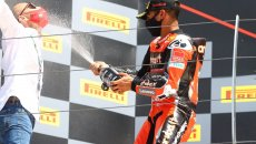 """SBK: Rinaldi: """"Il segreto? Non ascoltare le critiche come fanno Rossi e Marquez"""""""