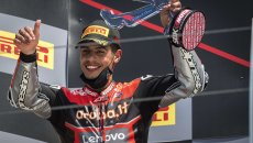 """SBK: Rinaldi: """"Bayliss told me: you can use 'my' number 21, but you have to give it some gas"""""""