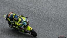 Moto2: Gran Bretagna: Navarro torna in vetta nella fredda Silverstone, 9° Bulega
