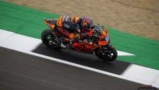Moto2: Remy Gardner vince il quarto GP a Silverstone. 2° Bezzecchi, out Fernandez