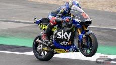Moto2: Pole position e record a Silverstone per Bezzecchi sul filo di lana