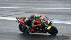 MotoGP: Savadori sfrutta la pioggia, Aprilia 1a in FP2 in Stiria. Rossi ultimo