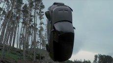 """Auto - News: Range Rover Sport SVR nel nuovo film di 007: il """"volo"""" è reale - VIDEO"""