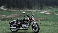 Moto - News: Royal Enfield Classic 350 2022: oggi in India, presto in Europa