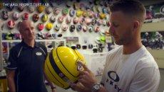 SBK: Jonathan Rea e quell'Arai di Joey Dunlop: visita al quartier generale