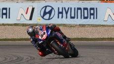 SBK: Rinaldi e Ducati all'attacco a Jerez, ma la FP1 se la prende Toprak