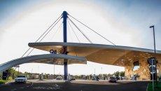 Auto - News: Il benzinaio del futuro, con tanto di ricarica elettrica ultrafast