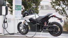 Moto - News: UK: la crisi del carburante spalanca le porte alle moto elettriche?