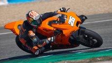 Moto - News: KTM RC 8C: Pedrosa consegna i primi 25 esemplari a Jerez
