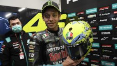 MotoGP: Rossi pays homage to his fans: a yellow heart and his grandstand on the helmet