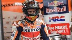 MotoGP: VIDEO - Marc Marquez e quella modifica alla spalla destra della tuta