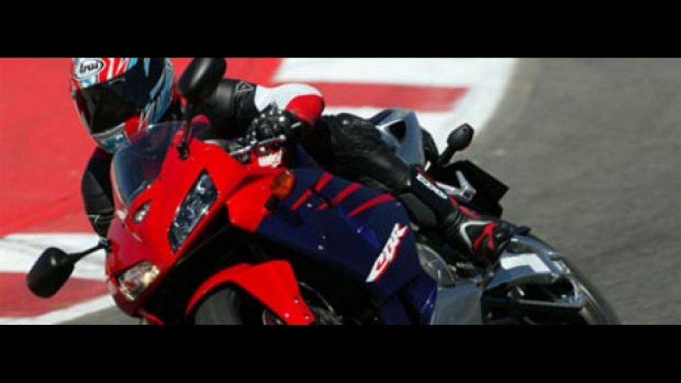 Moto - News: Honda CBR 600 RR M.Y. '05